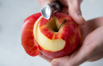 How Many Calories In An Apple Without Skin